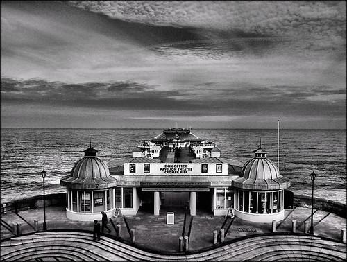 . Cromer Pier .