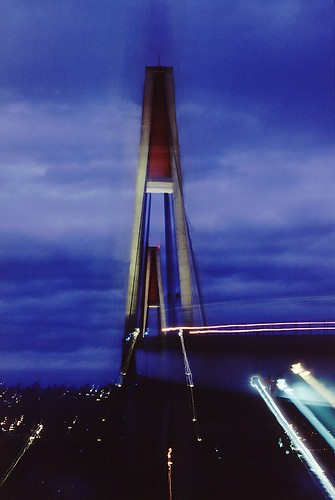 Sky Train Bridge, par Mrs Terry