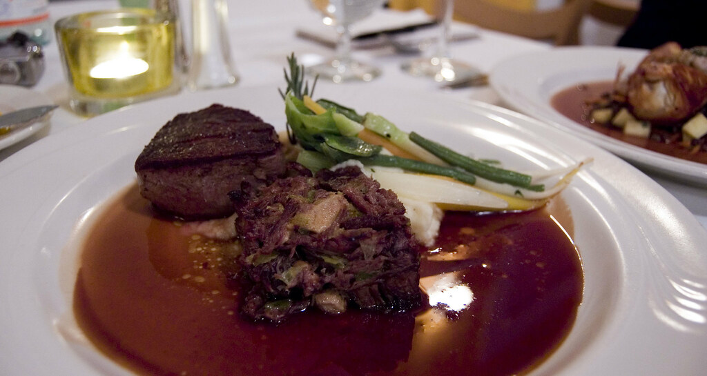 Main Course Beef filet & beef shortribs