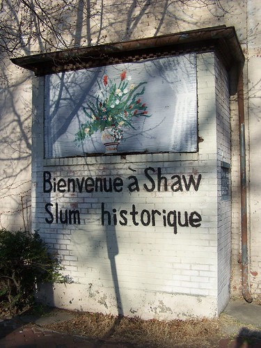 Bienvenue a Shaw Slum historique, 1600 block 9th Street NW, east side