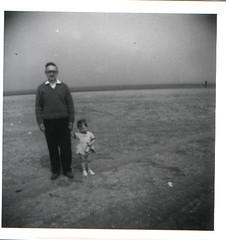 Frank and Deirdre on the beach circa 1962 (Eleventh Earl of Mar) Tags: california grandma frank uncle yorkshire father leeds trail aunt deirdre cousin relatives grandad wildflower aunties