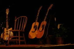 The Guitars (psalakanthos) Tags: iowa acoustic roger jingle byrds cedarfalls jangle 12string mcguinn