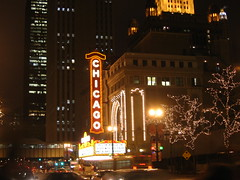 Chicago Theatre (Memento) Tags: chicago chicagoatnight chicagochristmas chicago2005 marshallfields