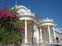 Historic House, downtown Ponce, Puerto Rico (Oquendo) Tags: ponce ciudad city puerto rico casona historica casa historic house trinitarias boungavillias puertorico sd400
