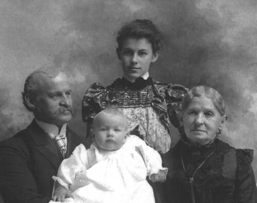 Another 4-generation portrait