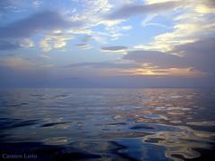 marina en azul (Carmen Lario) Tags: 15fav mar interestingness puestadesol almera mojcar interestingness225 carmenlario explore29dec06