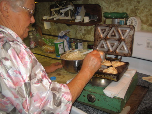 "Grandma and the ""Brown Bobby"" Donut Maker"