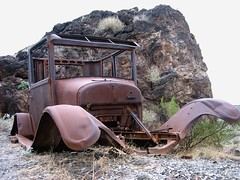 Need Four Tires (See El Photo) Tags: old car cool nice rust desert good antique antiquecar great rusty abandonded goodshot oldcar broke brokedown nowheels faved nicebody