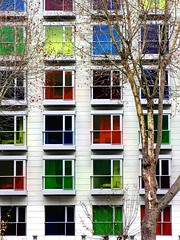 Ventanas de la felicidad / Happyness windows (alonsodr) Tags: windows topf25 tag3 taggedout nice tag2 colours tag1 500v20f o great bilbao 50100fav lovely 555v5f 333v3f 222v2f 444v4f 111v1f 777v7f photophilosophy worldcitycenters 86points mireasrealm abigfave