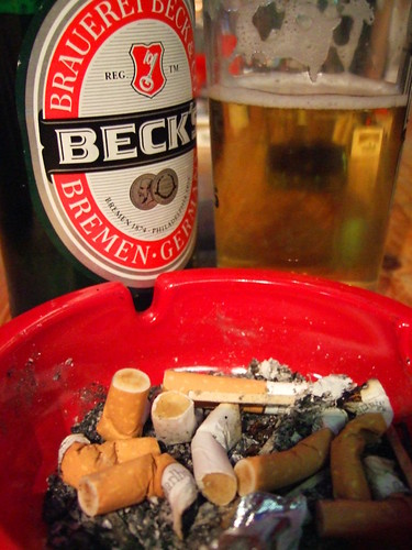 Beer & Ashtray / Bier & Aschenbecher