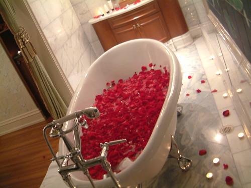 香港迪士尼飯店的浪漫浴缸