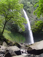 20060102-150239a (seancoady) Tags: costarica fortuna catarata waterfall