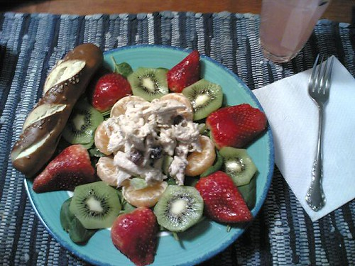 Chicken salad & fruit