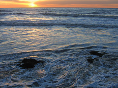 water colors (fotogail) Tags: ocean light sunset color nature water waves pacific albaluminis fv5 popular fotogail hbwshow yourtop60interestingfaves2006thanks gail:williams=2006 ilobsterit