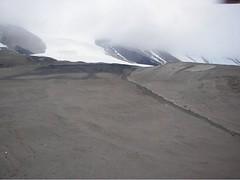 Bonney2-Foggedin__66.jpg (miss_distance) Tags: weather antarctica snowing stranded dryvalleys drbessward lakebonney drmarkwells taylorvalley heloflight httporebodycom flyinginfog
