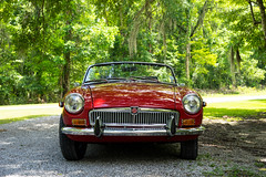 Octagon Spirit! (Jess of Many Trades) Tags: red classic car classiccar mg british mgb applered