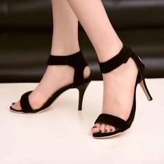 รองเท้าส้นสูง แฟชั่นเกาหลีหนังกลับสวยหรูรัดข้อออกงานแบบดารา นำเข้า ไซส์33ถึง42 - พรีออเดอร์RB2293 ราคา1350บาท รองเท้าออกงาน แฟชั่นเกาหลีสไตล์อินเทรนด์แบบหนังกลับมีสายรัดข้อเท้าให้ดูผอมหุ่นเพรียวมากขึ้น รองเท้าสตรีเปิดหัวทรงดาราทันสมัยส้นสูงกำลังดีเดินสบาย