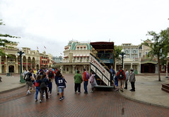 Board the Omnibus (DLP-Photos by NKA-Photo.com) Tags: street usa paris france bus mainstreet disneyland main transport disney co eurodisney dl omnibus disneylandparis dlp mainstreetusa disneyparis centralplaza msusa disneyparks disneyphotos dlparis disneyparcs disneyside