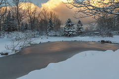 Happy New Year 2017 (Anna.Andres) Tags: happynewyear annaguðmundsdóttir iceland ísland landscape canoneos70d sunrise snow winter outdoor grasagarður reykjavík serene water