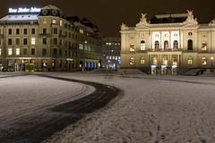 Sechseläutenplatz (Claude Schildknecht) Tags: europe nacht neige night nuit oper opera opéra places schnee sechseläutenplatz snow suisse zurich zürich