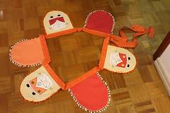 Kombis (ceciliamezzomo) Tags: orange love bandeira handmade flag laranja flags van patchwork camper kombi pompom bandeiras bandeirinhas lugastal