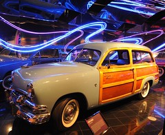 1951 Ford Country Squire (D70) Tags: petersen automotive museum wilshire boulevard los angeles usa 1951 ford country squire wood trim woody