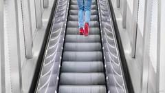 French (Julien Rode) Tags: city couleurs escaliers ladéfense paris portfolio rouge rue street urban ville