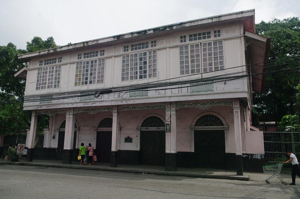 Filipina capital