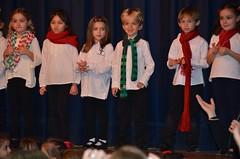 First-Graders Onstage At The Christmas Concert (Joe Shlabotnik) Tags: william millie isabeli joanna december2016 everett isabellac 2016 afsdxvrzoomnikkor18105mmf3556ged