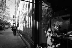 Chicago Street Photography (Andrea Scire') Tags: chicago streetphotography andreascirè street people gente american americano strada urban dailylife day strange
