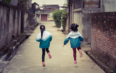 Skipping through life (Maren 86) Tags: hanoi vietnam asia village rural kids street travel leisure microfourthirds lumixg7
