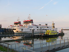Schiermonnikoog Lauwersoog. (achatphoenix) Tags: holland insel nordsee fhre schiermonnikoog niederlande lauwersoog