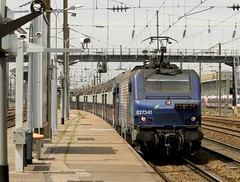 BB27341 (Oliver_A) Tags: train sncf banlieue transilien bb27000 vb2n bb27300 bb27341