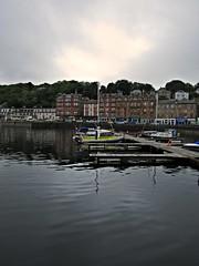 Port Na Haven (Bricheno) Tags: marina reflections boats island scotland argyll escocia yachts argyle szkocja schottland bute rothesay scozia cosse isleofbute  esccia   bricheno scoia