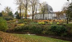 Pavillion Gardens, Buxton (Ed Tottenham) Tags: buxton buxtonpavillion derbyshire england october2016 pavilliongardens peakdistrict unitedkingdom gb