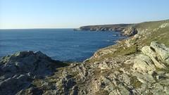 La Pointe du Raz vue de Feunten Aod - Plogoff - Finistère - Bretagne - Hiver 2017 (jeanyvesriou1) Tags: côte rivage littoral seaside rochers rocks falaise cliff pointeduraz feuntenaod plogoff