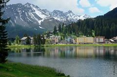Wasserspiegel (welenna) Tags: summer lake snow mountains water switzerland see wasser view berge alpen baum arosa graubnden wasserspiegel