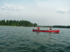 Canoeing (lgoub) Tags: canada nationalpark saskatchewan princealbert waskesiu northerncanada mapleland princealbertpark waskesiulake