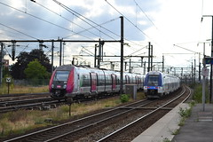 SNCF Transilien 121H 50241 - 50242 & 561N (Will Swain) Tags: travel paris france train de french europe north transport july rail railway trains des east le sec seen railways 13th franais noisy socit parisian fer sncf nationale transilien 2015 chemins 50242 noisylesec 50241 561n 121h