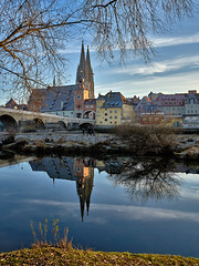 Regensburg (Ratisbon) - Panorama    -   I wish you a nice weekend, my friends! (W_von_S) Tags: regensburg ratisbon ratisbona ratisbonne castraregina steinernebrücke stonebridge dom cathedral city stadt bavaria bayern oberpfalz donau danube fluss river spiegelung reflections reflexionen reflection reflexion mirrow sanktpeter outdoor wvons werner 2016 wasser water