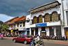 Gedung Jasindo (Everyone Shipwreck Starco (using album)) Tags: jakarta building gedung architecture arsitektur office kantor