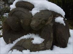 Schlangen im Schnee ... Schlangenbad Taunus (flixx-ak) Tags: flixxakoffenbachammainhessen deutschland germany 2017 r0021483 sculpture schlangenbad winter