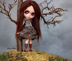 Wisp Hill (pure_embers) Tags: uk england brown tree alpaca girl photography outfit doll dolls boots hill makeup story blythe neo custom pure takara wisp embers nanuka scalp rbl squeakymonkey faceup blythologie pureembers