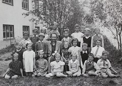 Norra ngby Folkskola, klass 1, vrterminen 1941 (Olle Sundh) Tags: stockholm norra skola klass bromma svv skolfoto ngby folkskola skolbarn vultejusvgen