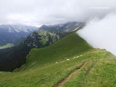 Wetterscheide (Gerd Eisenhut) Tags: tirol leutasch wettersteingebirge gehrenspitze gaistal wetterscheide puittal scharnitzerjoch