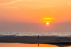 Sunrise (Naina Mohamed) Tags: sea sun india beach sunrise canon chennai tamron seashore besantnagar naina cwc 600d brokenbridge nainaphotography chennaiweekendclickers tamron16300 cwc460