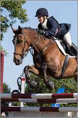 King, Louise - riding:  PASSMORES MR NICE GUY   #405 (Smudge 9000's Sport Photography) Tags: england horse castle jump jumping unitedkingdom crosscountry gb equestrian equine showjumping 2015 chilham horsetrials summerinternational
