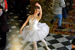 Ballerina (Bri_J) Tags: thenutcracker chatsworthhouse christmas derbyshire uk chatsworth statelyhome balet dancer ballerina