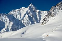 Ice, snow, and rock (Lee Petersen) Tags: alaska easternalaskarange glacier ice mountain snow blue sky