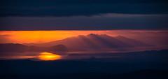 Sunset on Isola d'Elba [EXPLORE] (Antonio Cinotti ) Tags: nikond7100 nikon d7100 montieri sunset tramonto isoladelba elba clouds nuvole rayoflight sea toscana tuscany italia italy